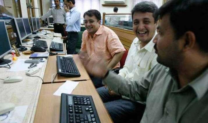 म्यूचुअल फंड्स के इन फेवरेट शेयरों ने दिया 900% तक का रिटर्न, आपके पास भी है मौका- IndiaTV Paisa