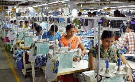 भारतीय कपड़ा उद्योग का कारोबार पांच साल में दोगुना होने का अनुमान, पहुंचेगा 223 अरब डॉलर पर- India TV Paisa