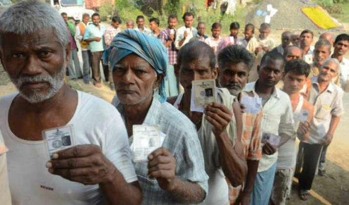 उत्तर प्रदेश चुनाव में पार्टियों ने हर वोट पर खर्च किए 750 रुपए, सर्वे में हुए कई बड़े खुलासे- IndiaTV Paisa