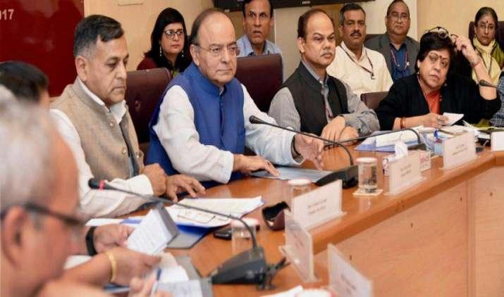 अरुण जेटली कल करेंगे RBI अधिकारियों के साथ उच्च स्तरीय बैठक, बैंकिंग सेक्टर में NPA की समस्या पर होगी चर्चा- India TV Paisa