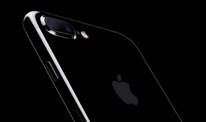 Flipkart के बाद अब Amazon पर चल रही है एप्पल iPhone 7 की सेल, मिल रहा है हैवी डिस्काउंट- India TV Paisa