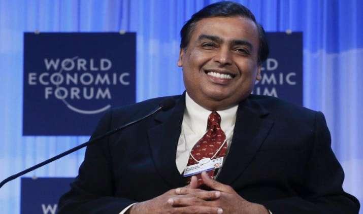 नोटबंदी की वजह से इंडिया रिच लिस्ट से बाहर हुए 11 अरबपति, 26 अरब डॉलर के साथ मुकेश अंबानी टॉप पर- India TV Paisa