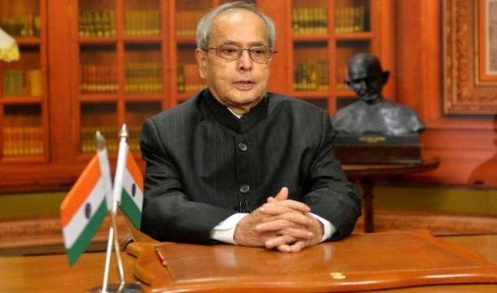 GST बिल को राष्ट्रपति ने दी संसद में पेश करने की मंजूरी, सोमवार को लोकसभा में रख सकती है सरकार- India TV Paisa