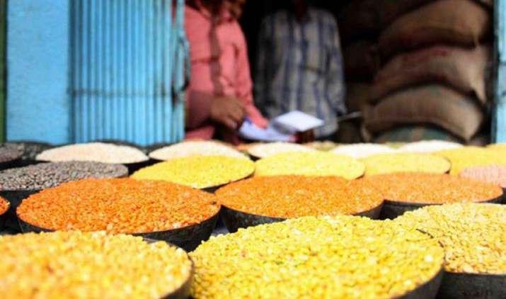 इस साल नहीं बढ़ेंगी दाल कीमतें, पिछले साल का स्टॉक ज्यादा और किसानों ने खेती भी बढ़ाई- IndiaTV Paisa