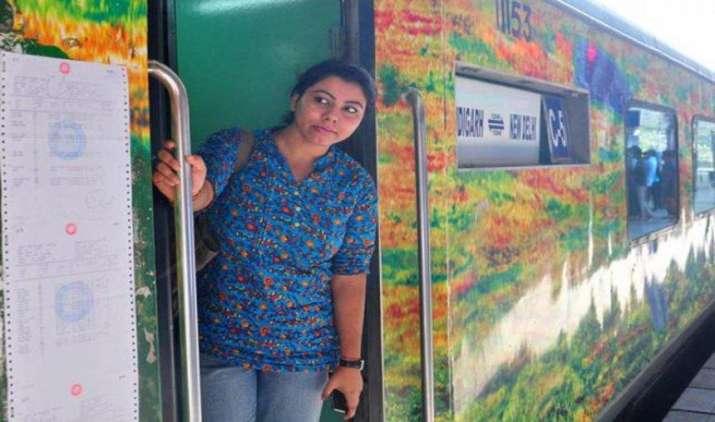साधारण ट्रेन टिकट पर मिलेगा राजधानी, शताब्दी में सफर करने का मौका, 1 अप्रैल से शुरू होगी नई सेवा- India TV Paisa
