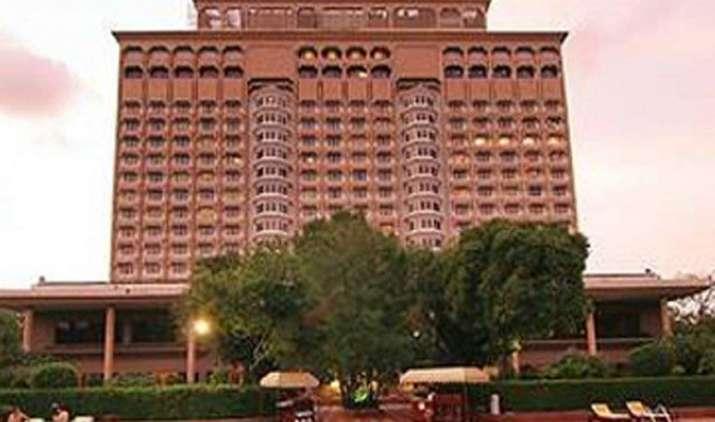 Tata ग्रुप को बड़ा झटका NDMC करेगा ताज मानसिंह की नीलामी, Le Meridien का लाइसेंस भी हुआ रद्द- India TV Paisa