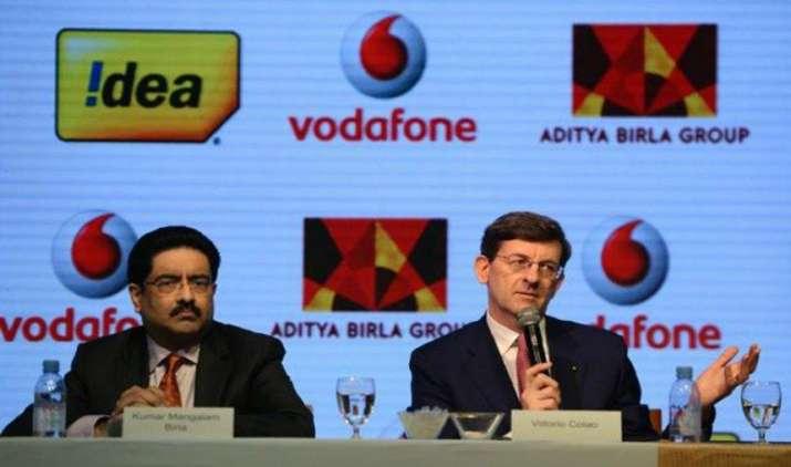 बिड़ला, कोलाओ ने की दूरसंचार मंत्री से मुलाकात, वोडाफोन-आइडिया विलय पर हुई चर्चा- IndiaTV Paisa