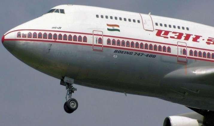 एयर इंडिया के विनिवेश ने पकड़ी रफ्तार, सलाहकार नियुक्त करने के लिए सरकार ने मंगाए आवेदन- India TV Paisa