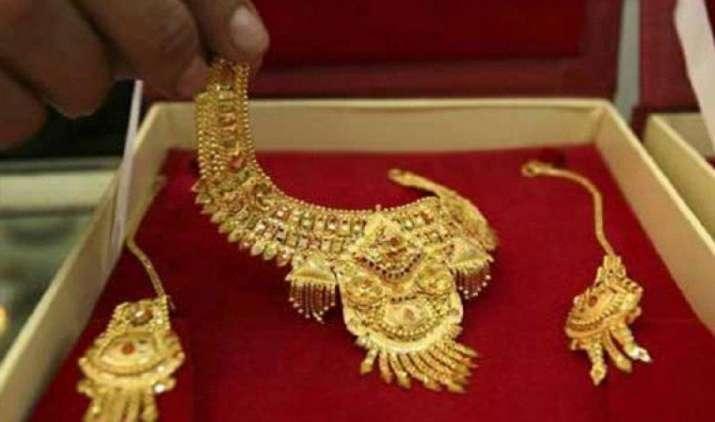 अक्षय तृतीया पर सोने की बिक्री 30 प्रतिशत बढ़ने की उम्मीद, सोना खरीदना माना जाता है शुभ- India TV Paisa