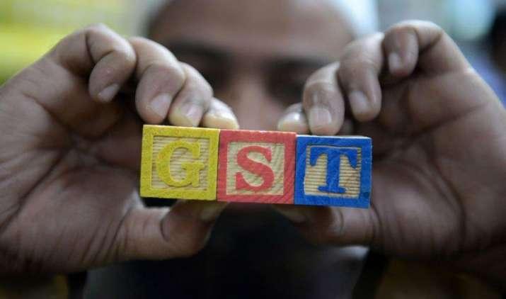 अब तक GST से जुड़े सिर्फ 34 फीसदी सेवाकरदाता, CBEC पहुंच बढ़ाने के कर रहा है उपाय- India TV Paisa