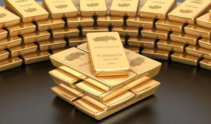 सोना आयात अप्रैल-फरवरी में 24 प्रतिशत घटकर 23 अरब डॉलर, कैड पर लगेगी लगाम- India TV Paisa