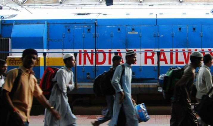 श्रीलंका से इंडियन रेलवे को मिला अब तक का सबसे बड़ा ऑर्डर- India TV Paisa