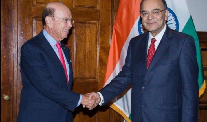 जेटली ने अमेरिका में उठाया H-1B वीजा मुद्दा, अमेरिकी वाणिज्य सचिव ने कहा-समीक्षा शुरू हुई पर फैसला नहीं हुआ- India TV Paisa