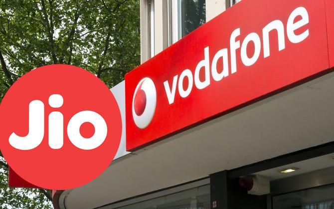 वोडाफोन ने जियो की पेशकश के खिलाफ ट्राई में की शिकायत, नियमों का उल्लंघन करने का आरोप- India TV Paisa