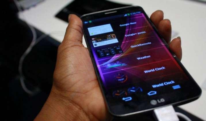 भारत में अपने स्मार्टफोन कारोबार पर नए सिरे से जोर देगी LG, दीवाली तक लॉन्च करेगी नई रेंज- India TV Paisa