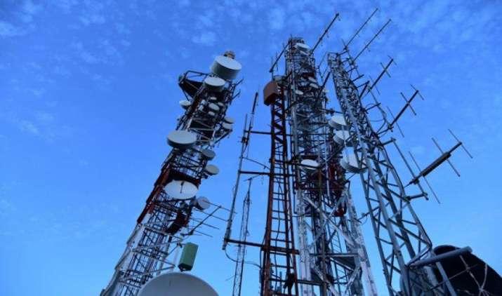 संयुक्त सचिव स्तर का अधिकृत अधिकारी किसी भी टेलिकॉम क्षेत्र में सेवाएं रोकने का दे सकता है निर्देश- IndiaTV Paisa