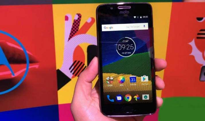 फ्लिपकार्ट के बाद अब अमेजन पर भी उपलब्ध हुआ मोटो G5 स्मार्टफोन, कीमत 14,999 रुपए से शुरू- India TV Paisa