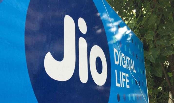 इस रीचार्ज पर रिलायंस जियो दे रही है 810GB 4G डाटा, जानिए क्या है पूरा प्लान- India TV Paisa