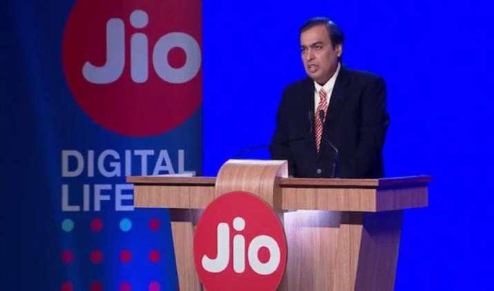 डाटा के मामले में जियो बना दुनिया का सबसे बड़ा नेटवर्क, यूजर्स की संख्या 10.8 करोड़ हुई- India TV Paisa
