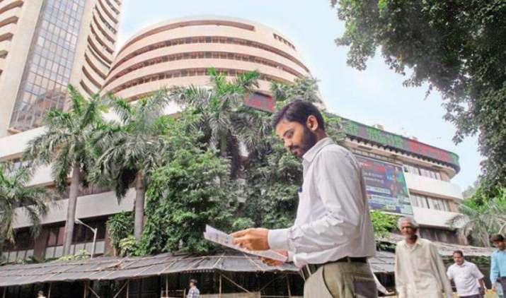 शेयर बाजार: RBI की मौद्रिक समीक्षा और मानसून की चाल पर रहेगी निवेशकों की नजर- India TV Paisa