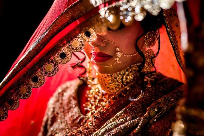 Image result for ऐसी लड़कियों से भूलकर भी न करें शादी