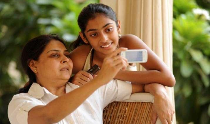 मार्च में 56 लाख बढ़ी मोबाइल ग्राहकों की संख्या, 89.52 करोड़ के पार पहुंचा सब्सक्राइबर्स का आधार- India TV Paisa
