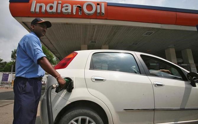 New Way: पेट्रोल-डीजल खरीदने के लिए नहीं जाना होगा घर से बाहर, सरकार जल्द शुरू करेगी होम डिलीवरी- IndiaTV Paisa