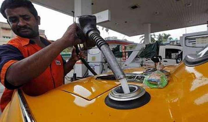 डीजल 44 पैसे और पेट्रोल 1 पैसा हुआ महंगा, इन 5 शहरों में अब रोज बदलेंगे दाम- India TV Paisa