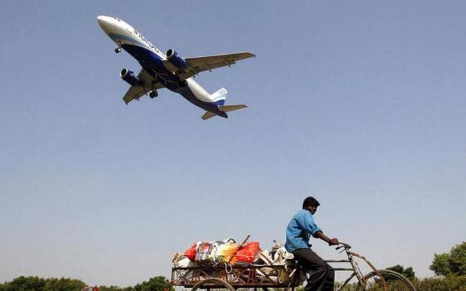 किफायती हवाईसेवा उड़ान की PM मोदी आज करेंगे शुरुआत, एक घंटे के सफर के लिए देने होंगे केवल 2500 रुपए- India TV Paisa