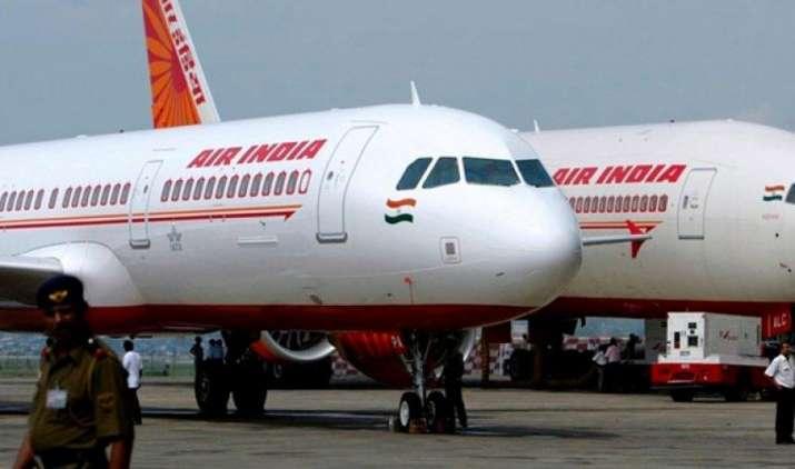 सिविल एविएशन मिनिस्ट्री को एयर इंडिया के प्राइवेटाइजेशन की नहीं है खबर, RTI में हुआ खुलासा- IndiaTV Paisa