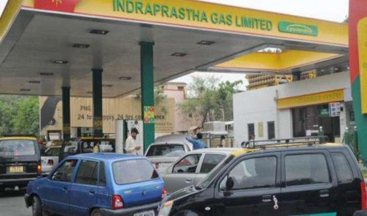 पेट्रोल के बाद अब CNG के दाम भी होंगे रोजाना तय, कंपनियां कर रही नई योजना पर तेजी से काम- India TV Paisa