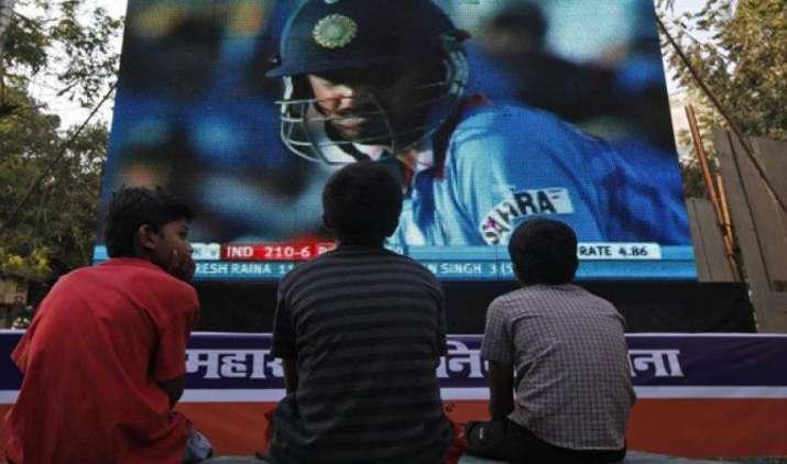 GST से सस्ते हो जाएंगे एंटरटेनमेंट, केबल और डीटीएच सर्विस, देना होगा कम टैक्स- IndiaTV Paisa
