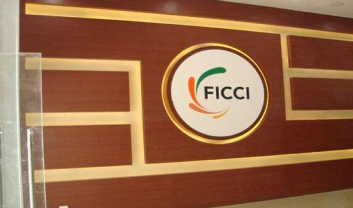 FICCI: अवैध कारोबार से निपटने के लिए चाहिए राष्ट्रीय एजेंसी, देश को हुआ 39 हजार करोड़ का नुकसान- IndiaTV Paisa