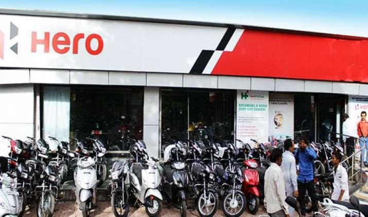 GST Effect : हीरो मोटो कार्प ने मोटरसाइकिल की कीमतों में की भारी कटौती, ग्राहकों को दे रही है GST का लाभ- India TV Paisa