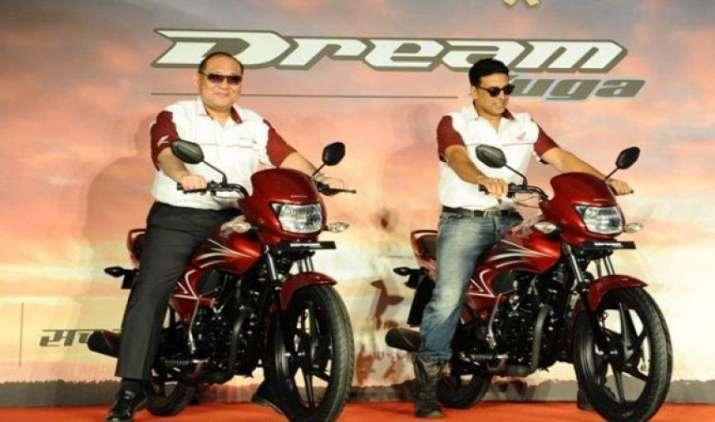 बजाज को पछाड़ होंडा बनी देश की दूसरी सबसे बड़ी मोटरसाइकिल कंपनी, खतरे में हीरो की बादशाहत- India TV Paisa