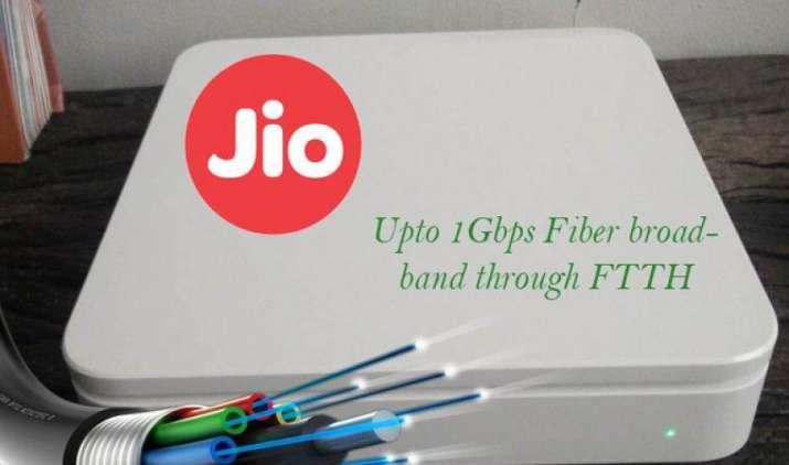चंद सेकेंड में डाउनलोड होगा अब 1 GB का वीडियो, Reliance Jio जून में शुरू कर सकता है नई सर्विस- IndiaTV Paisa