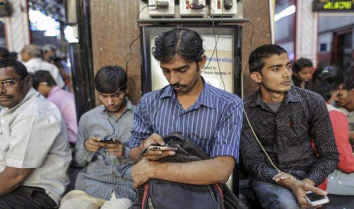 इसी महीने से होगी कॉल ड्रॉप की जांच के लिए परीक्षण की शुरुआत, सर्विस में होगा सुधार- India TV Paisa