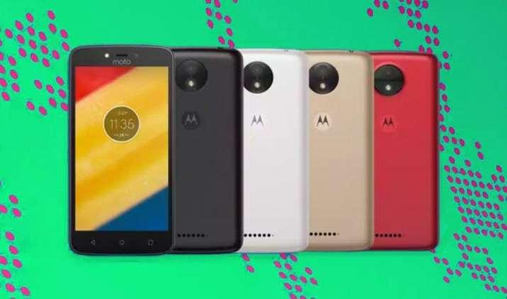 Motorola ने लॉन्च किए Moto C और Moto C Plus स्मार्टफोन्स, कीमत 7,000 रुपए से भी कम- IndiaTV Paisa