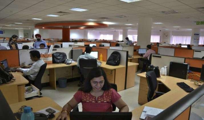 आईटी क्षेत्र में छंटनी का बड़ा खतरा नहीं, नई जरूरत के हिसाब से कौशल अनिवार्य: नैस्कॉम- IndiaTV Paisa