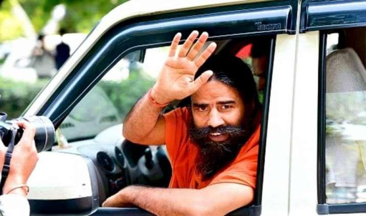 Billionaire Baba: पतंजलि ऐसे बनी FMCG की बाहुबली, कभी उधार मांगकर शुरू की थी कंपनी- IndiaTV Paisa