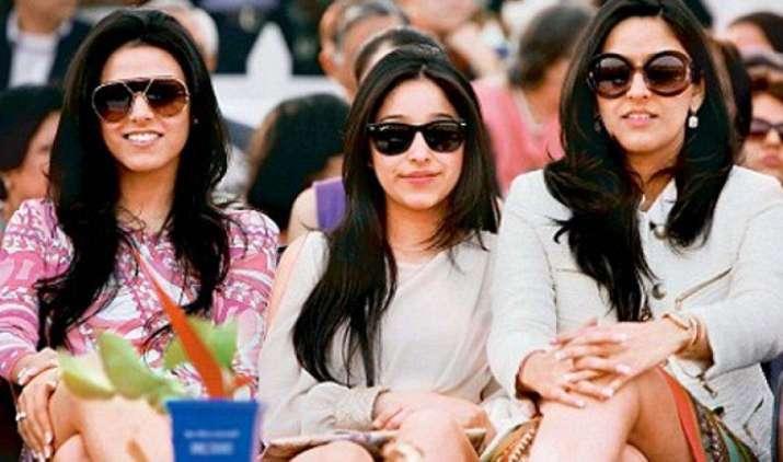 यस बैंक के MD राना कपूर की बेटियां चली पिता के नक्शेकदम पर, शुरू किया नया बिजनेस- India TV Paisa