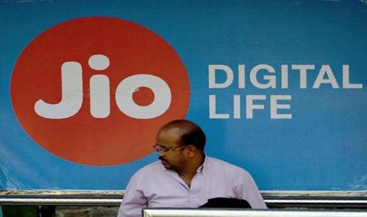 डाउनलोड स्पीड के मामले से Reliance Jio बनी नंबर-1 कंपनी, दूसरे पायदान पर एयरटेल- India TV Paisa