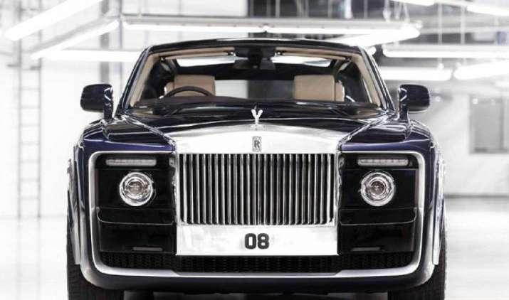 रॉल्स रॉयस ने एक खास कस्टमर के लिए पेश की सबसे महंगी कार स्वेपटेल, ये हैं फीचर्स- IndiaTV Paisa