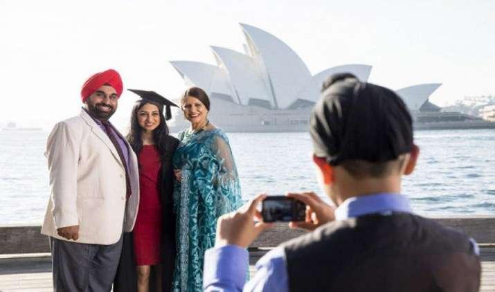 नोटबंदी का ऑस्ट्रेलिया आने वाले भारतीय पर्यटकों पर कोई असर नहीं, दिसबंर में 29,500 लोगों की यात्रा- India TV Paisa