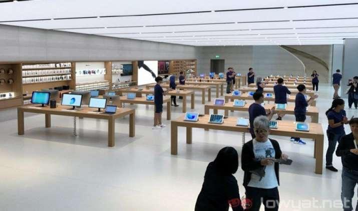 Apple ने साउथईस्ट एशिया में खोला अपना पहला ऑफिशियल स्टोर, सिंगापुर में आज हुआ उद्घाटन- IndiaTV Paisa