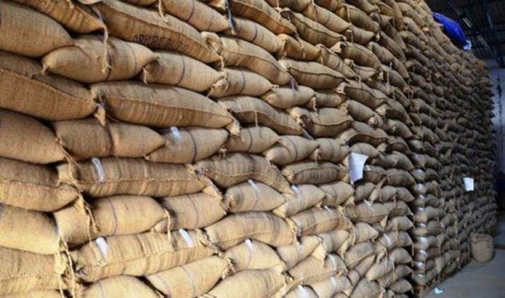 अनाज रखने के लिए जगह की कमी नहीं, FCI ने कहा-773 लाख टन तक पहुंची भंडारण क्षमता- IndiaTV Paisa