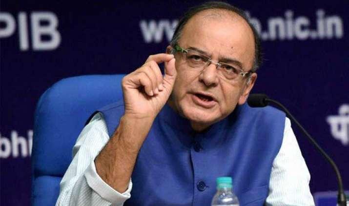 GST : आज आधी रात से महंगा हो जाएगा सिगरेट, सरकार नेे लगाया लंबाई के आधार पर उपकर- IndiaTV Paisa