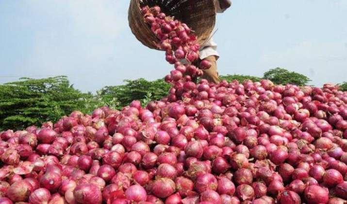 प्याज की कीमतें भारी गिरावट, ओडिशा में भाव 3-4 रुपए प्रति किलो पर आ गए- IndiaTV Paisa