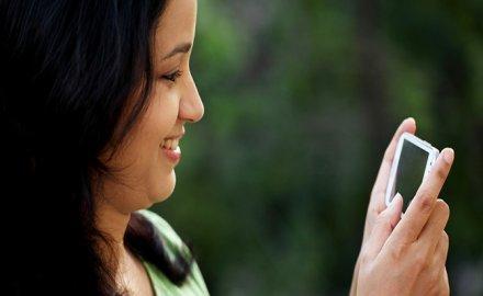 मार्च में टेलीकॉम यूजर्स की संख्या बढ़कर हुई 119 करोड़, जियो से जुड़े 58 लाख नए कस्टमर्स- IndiaTV Paisa