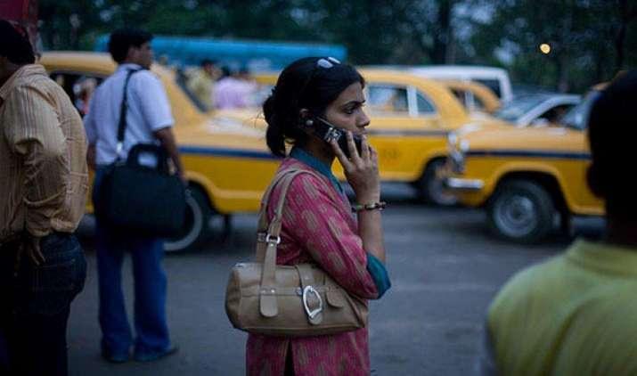 GST से टेलीकॉम सेवाएं हो जाएंगी महंगी, दूरसंचार कंपनियों ने जताई अपनी नाराजगी- IndiaTV Paisa